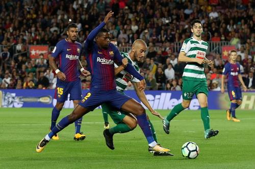 Siêu nhân Messi đánh poker, Barcelona thắng đậm ở Nou Camp - Ảnh 2.