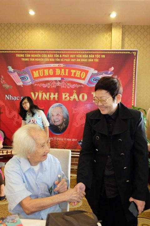Nghệ sĩ mừng đại thọ giáo sư Vĩnh Bảo 100 tuổi - Ảnh 5.