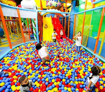 Trẻ em Việt vào nhà mà chơi - Ảnh 1.