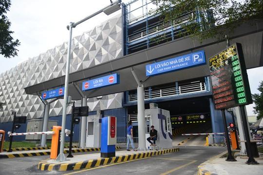 TP HCM bác đề xuất xây bãi đậu xe cao tầng ở trung tâm - Ảnh 1.