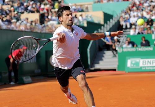 Madrid Open: Djokovic đơn đao phó hội - Ảnh 1.