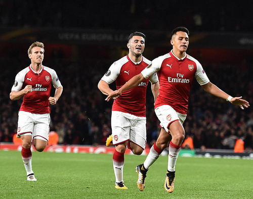 Sanchez lập siêu phẩm, Arsenal ngược dòng hạ đẹp Cologne - Ảnh 6.