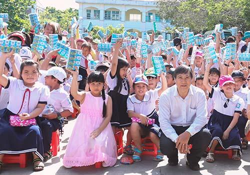 FrieslandCampina Việt Nam hưởng ứng Ngày sữa thế giới 1-6 - Ảnh 1.