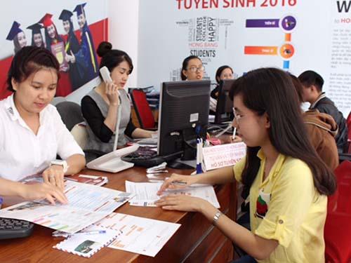 Thí sinh dùng kết quả học bạ xét tuyển vào Trường ĐH Quốc tế Hồng Bàng năm 2016