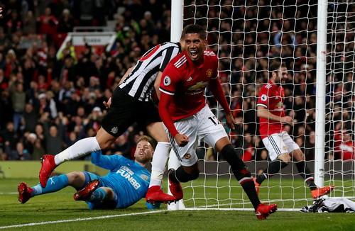 Pogba tái xuất, Man United mở đại tiệc ở Old Trafford - Ảnh 4.