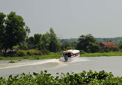 Đoàn khảo sát trải nghiệm du lịch đường sông tại Củ Chi