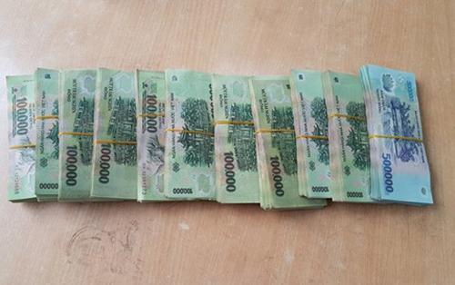 Khởi tố phụ nữ tống tiền Giám đốc BV Xanh Pôn 150 triệu đồng - Ảnh 2.