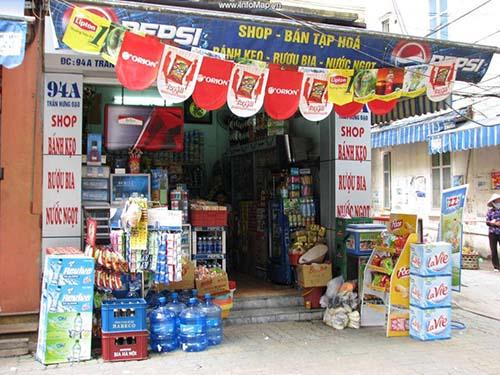 Sắp tới, những tiệm tạp hóa như thế này sẽ vận hành theo mô hình doanh nghiệp Ảnh: ĐL