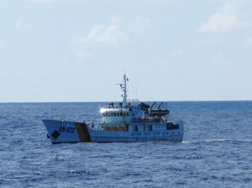 Tàu kiểm ngư sẽ được tăng cường trên biển để bảo vệ ngư dân đánh bắt cá trên vùng biển Việt Nam - Ảnh: Văn Duẩn