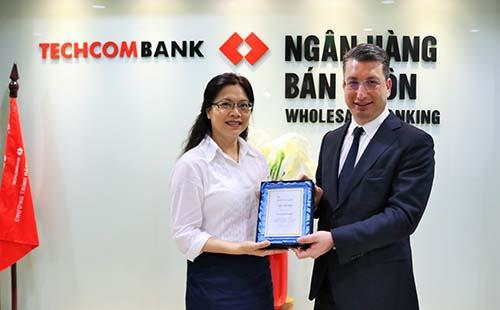 Techcombank liên tiếp nhận giải thưởng quốc tế về thanh toán xuất sắc - Ảnh 1.