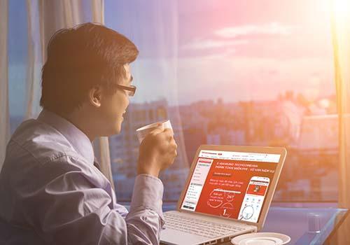 Techcombank triển khai tính năng đăng ký E-banking trực tuyến - Ảnh 1.