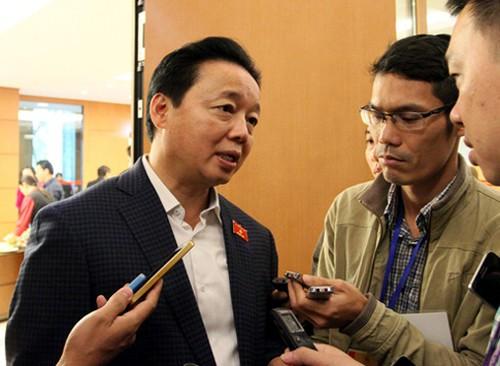Bộ trưởng TN-MT phân trần về việc ghi tên thành viên vào sổ đỏ - Ảnh 1.