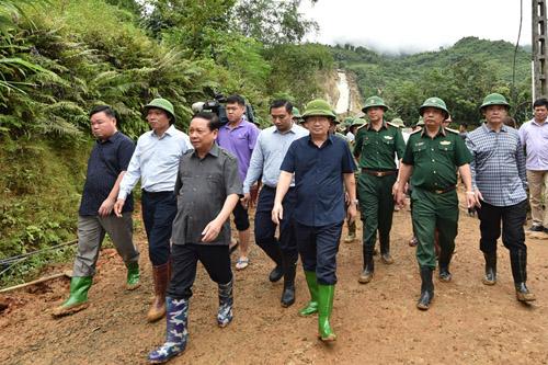 Thủ tướng, Phó Thủ tướng hủy các cuộc họp, tới hiện trường chỉ đạo ứng phó thiên tai - Ảnh 7.