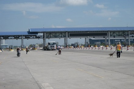 Sẽ thu phí tự động ở 3 trạm BOT cửa ngõ TP HCM - Ảnh 1.