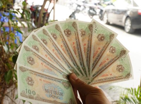 Ngân hàng Nhà nước sẽ đáp ứng đủ tiền mệnh giá 100 đồng - Ảnh 1.
