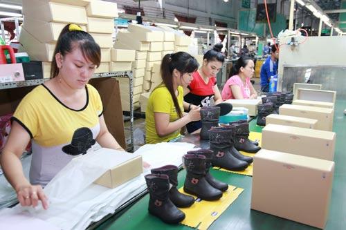 Lập Quỹ Khuyến học hỗ trợ công nhân nâng cao trình độ - Ảnh 1.