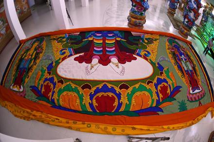 Bức tranh thêu Phật Quan Âm kích cỡ 11,8x16 m được khai mở cho đại chúng chiêm bái tại Lễ hội Quan Âm Đại Bảo Tháp Tây Thiên ngày 16-3 tới