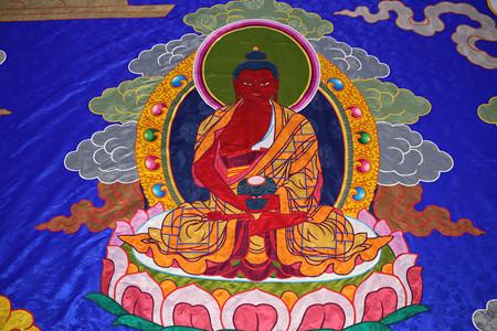 Hình ảnh Đức Phật A Di Đà trong Bức tranh thêu kỷ lục