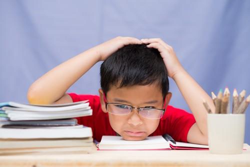 Vận động ngoài trời giúp trẻ… giỏi toán hơn - Ảnh 1.