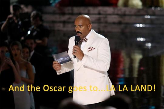 Steve công bố giải thưởng là La La Land