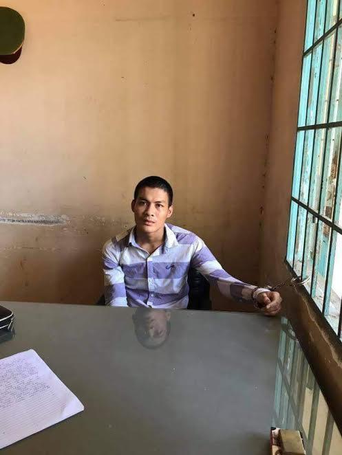 Nghi can Minh bị bắt giữ ngay trong chiều cùng ngày khi chạy xe máy được 2 km