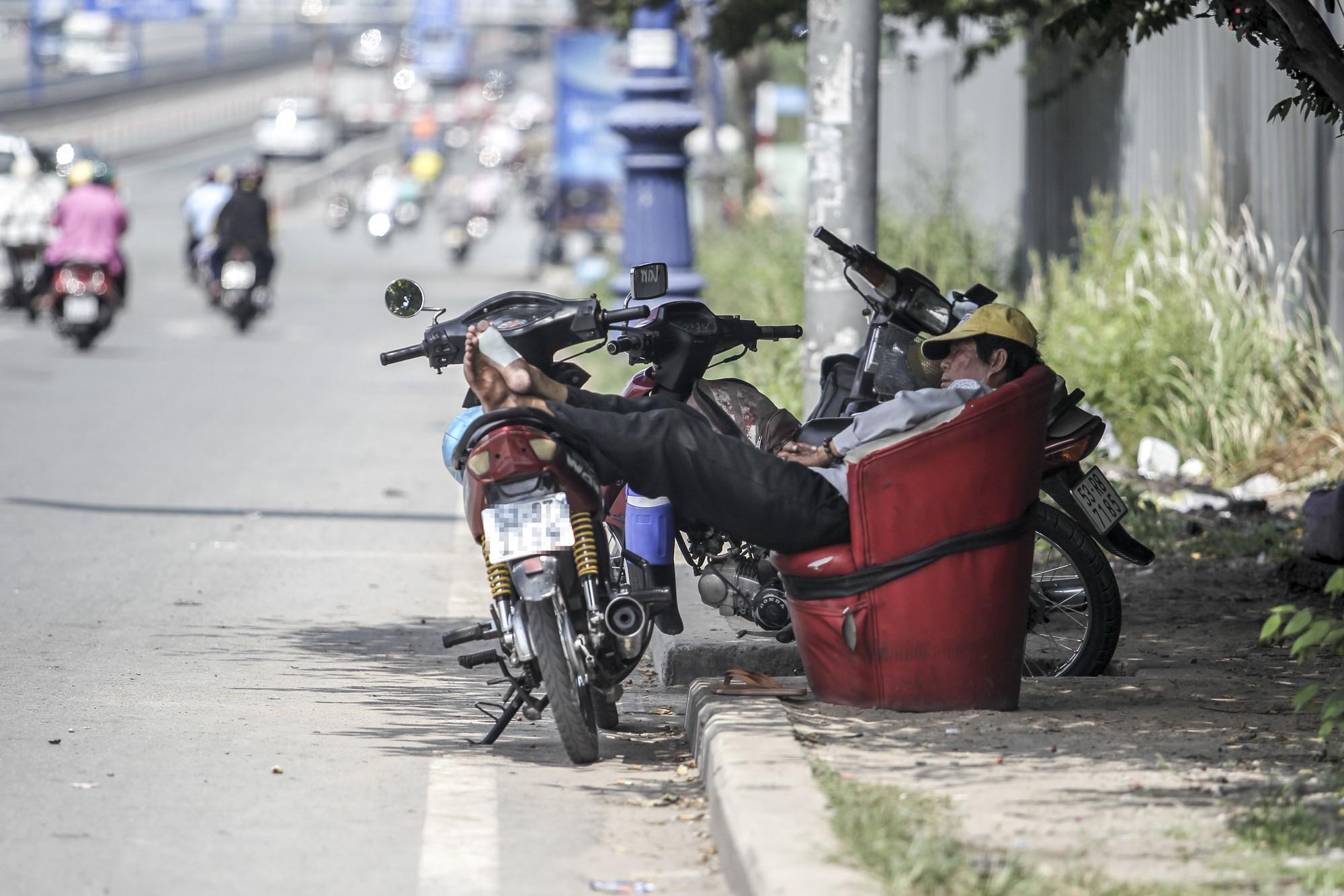 [eMagazine] Uber, Grab - 2 năm sóng gió tại Việt Nam - Ảnh 4.