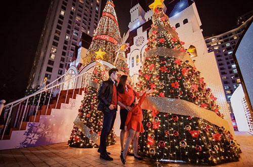 Cùng Vincom đón mùa Giáng sinh nhiệm màu 2017 - Ảnh 3.