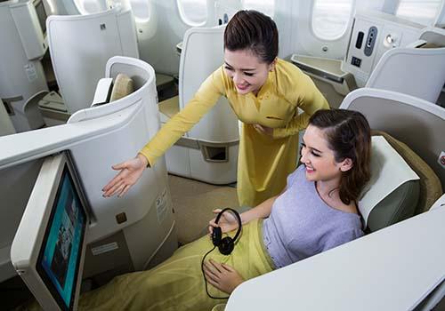 Dịch vụ hạng thương gia của Vietnam Airlines Ảnh: Ngọc Hằng