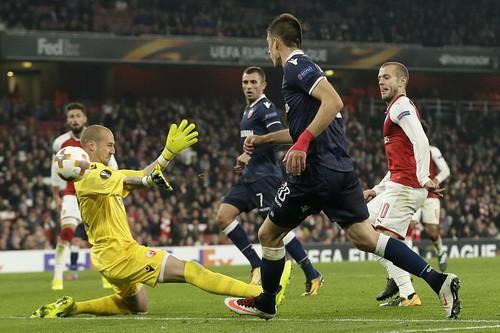 Arsenal mất điểm sân nhà, Everton bị loại khỏi Europa League - Ảnh 2.