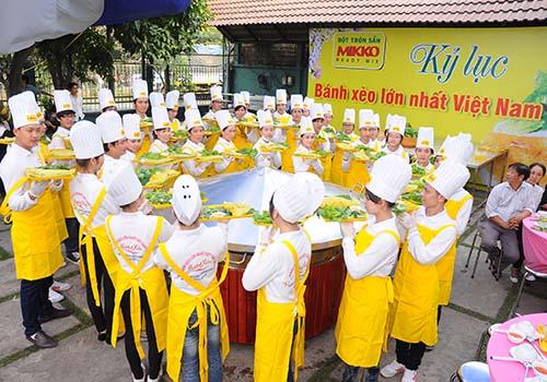 Hội Lương thực - Thực phẩm TP HCM: Bảo vệ quyền sở hữu trí tuệ của bột bánh xèo Hương Xưa - Ảnh 1.