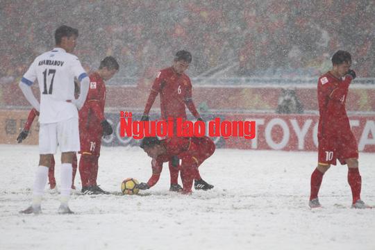 U23 Việt Nam - Uzbekistan 1-2: Thua ở phút cuối cùng - Ảnh 18.