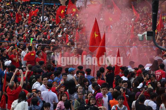 Truyền thông nước ngoài ca ngợi đội bóng dũng mãnh U23 Việt Nam - Ảnh 4.