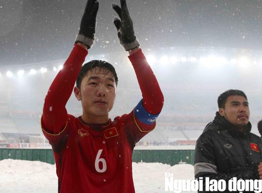 HLV Park Hang Seo: U23 Việt Nam hãy ngẩng cao đầu! - Ảnh 2.
