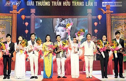 Tự hào viên ngọc cải lương 100 năm:Từ giải Thanh Tâm đến Trần Hữu Trang - Ảnh 3.