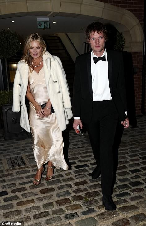 Đám cưới công chúa Anh tụ hội nhiều khách mời là người nổi tiếng - Ảnh 17.