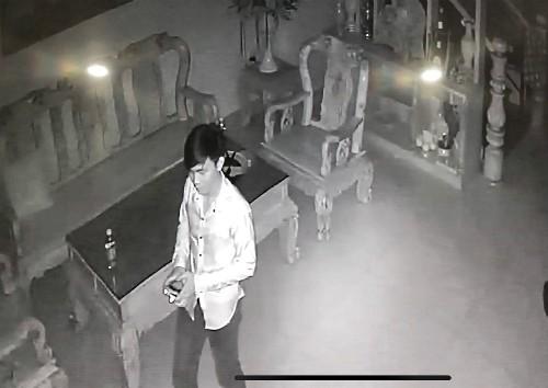 Khi căn nhà dụ trộm vào ăn ngủ trong phòng gia chủ - ảnh 1