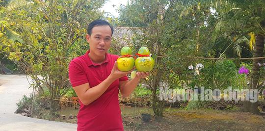 """Ngắm 2 loại trái cây tạo hình """"độc lạ"""" đón Tết Nguyên đán 2019 - Ảnh 10."""