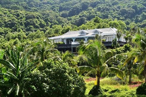 Nội thất biệt thự trong khu nghỉ dưỡng sang nhất châu Á 2018 - Ảnh 1.