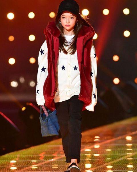 Tiểu Song Hye Kyo chạm mốc triệu lượt theo dõi ở tuổi lên 10 - Ảnh 4.