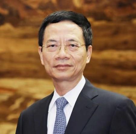 Đề nghị Quốc hội phê chuẩn bổ nhiệm ông Nguyễn Mạnh Hùng làm Bộ trưởng Bộ TT-TT - Ảnh 1.