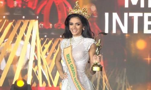 Tân Hoa hậu Hòa bình Quốc tế ngất xỉu trên sân khấu - Ảnh 5.