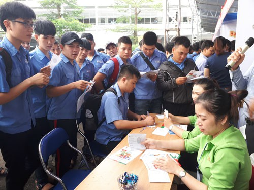 Hàng ngàn nhu cầu tuyển dụng dành cho ứng viên kỹ thuật - Ảnh 1.