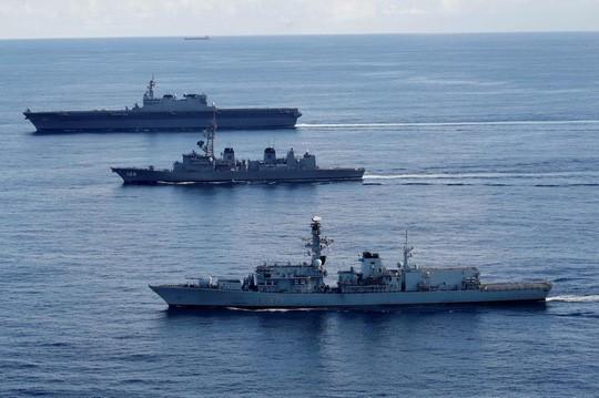 (eMagazine) - Bàn cờ tự do hàng hải ở biển Đông ngày càng biến hóa - Ảnh 8.