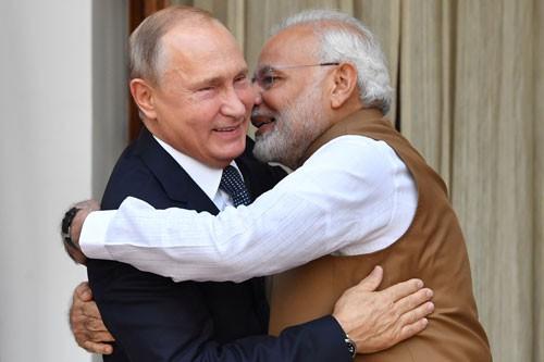 Ấn Độ mua S-400 của Nga, Mỹ lâm thế khó - Ảnh 1.