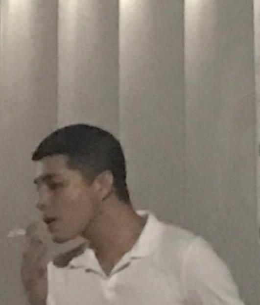 Noo Phước Thịnh xuất hiện như trai hư sau vụ kiện bản quyền bạc tỉ