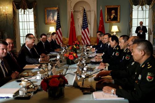 Mỹ bác bỏ đòi hỏi của Trung Quốc về biển Đông - Ảnh 1.