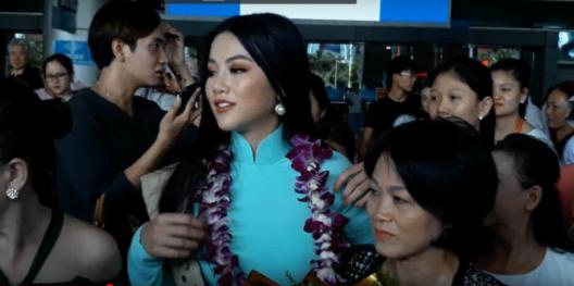 Tân Hoa hậu Trái đất xinh đẹp ngày trở về Việt Nam - Ảnh 4.