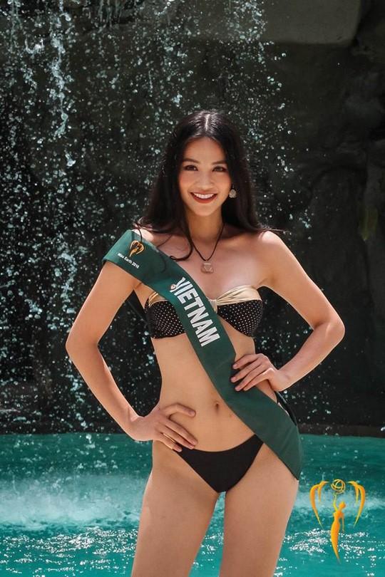 Tân Hoa hậu Trái đất xinh đẹp ngày trở về Việt Nam - Ảnh 8.
