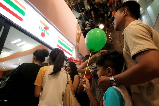 Cửa hàng tiện lợi cạnh tranh quyết liệt với chợ và siêu thị