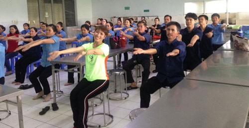 Hơn 37.000 công nhân tham gia tập thể dục giữa giờ - Ảnh 1.